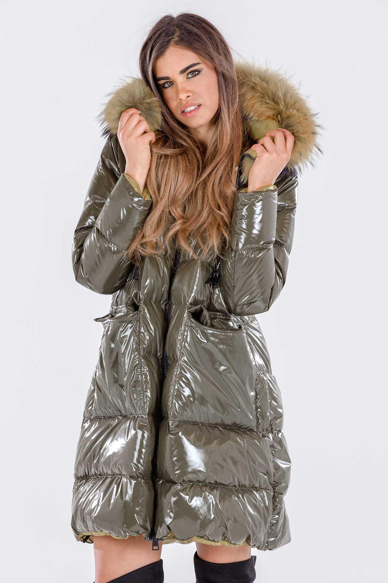 Cappotto piumino e pelliccia con cappuccio