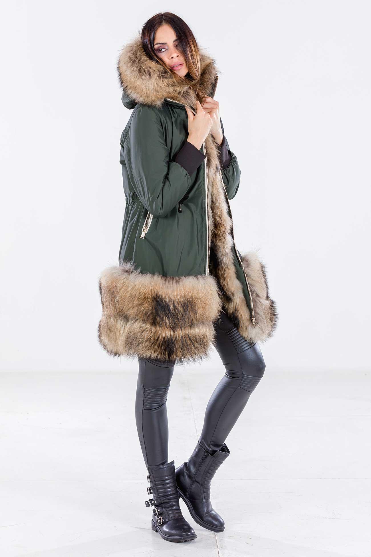 Hooded parka fur